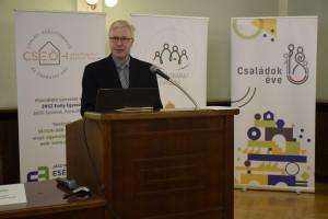 Dr. Csíkos Zoltán, főosztályvezető